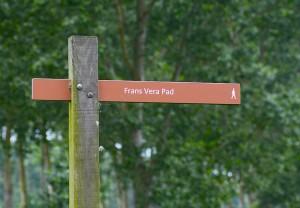 En vandresti opkaldt efter den hollandske Franciscus Wilhelmus Maria Vera – bedre kendt som Frans Vera, der ifølge mange er hovedinspiratoren til Oostvaardersplassen (foto: Rune Engelbreth Larsen)