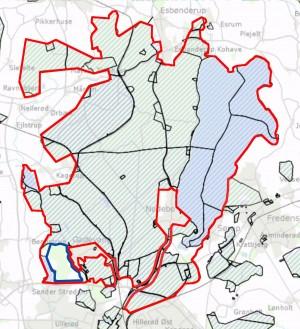 Den foreslåede afgrænsning af Naturnationalpark Gribskov & Esrum Sø overlapper næsten 100 procent statsejede arealer. Medtaget er nogle privatejede artsrige områder øst for Strødam Engsø (men de kan udelades, hvis ikke et opkøb er muligt) og Naturreservat Strødam, som ejes af Københavns Universitet (vist på kortet med blå afgrænsning)