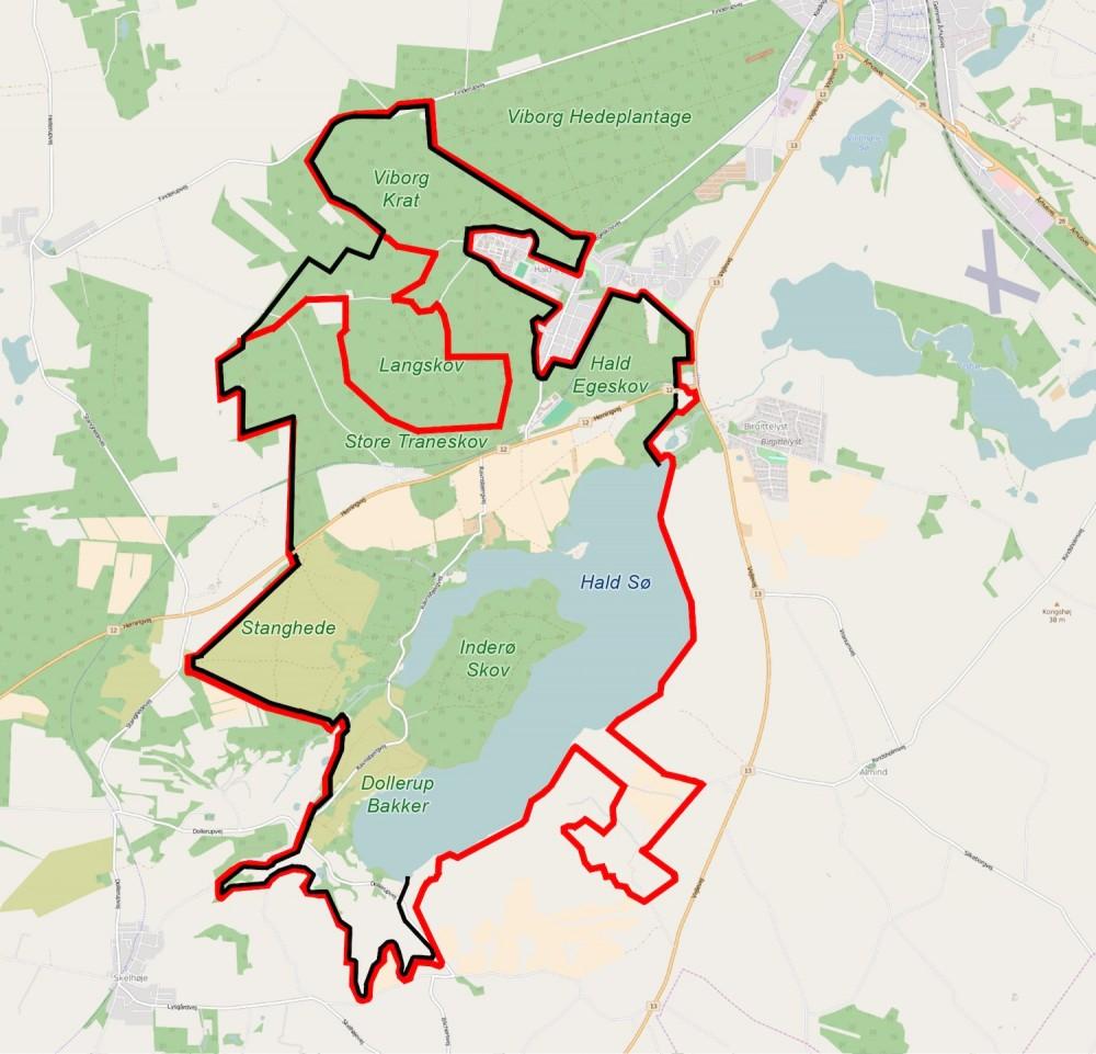Forslag til en mere ambitiøs hegnslinje på ca. 24 km, der omfatter hovedparten af arealet, og som er baseret på færiste over hovedvejen (hvilket sparer faunabro og adskillige kilometer hegn) og på en hegnslinje nord for den privatejede Langeskov (der ikke er inkluderet som en del af det foreslåede naturreservat, men kan være en del af indhegningen, hvis en sådan aftale kan opnås, hvorved også flere hegnskilometer overflødiggøres.