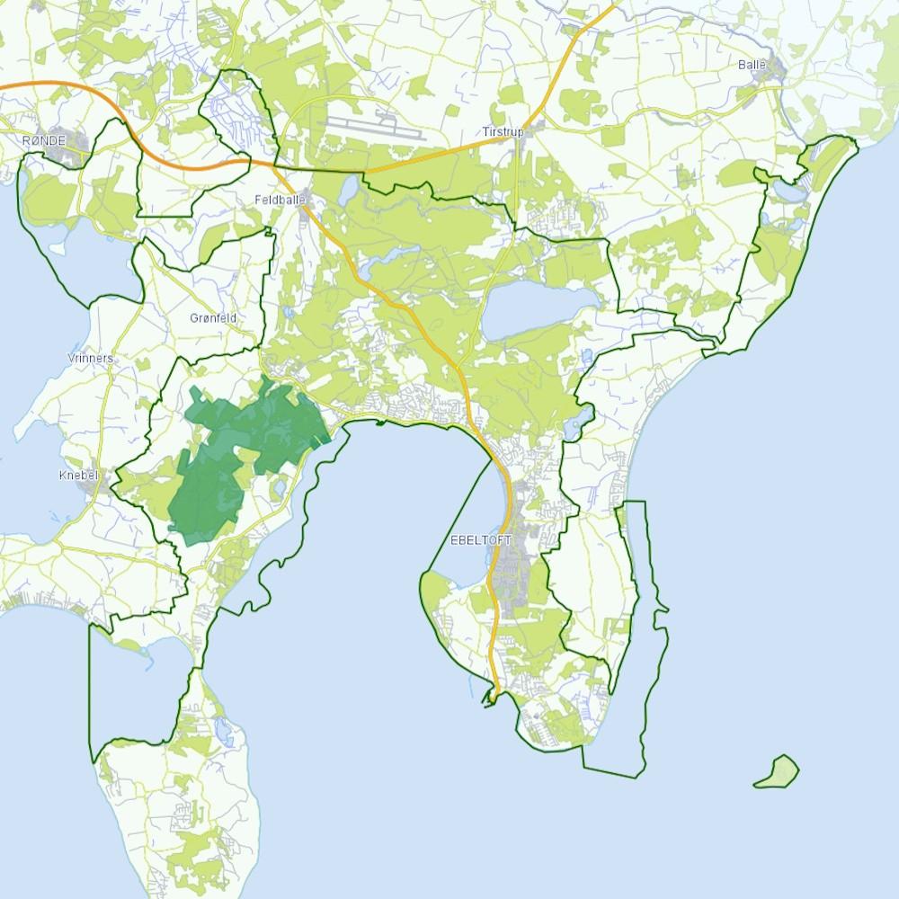 NATURnationalpark Mols Bjerge kDen foreslåede afgrænsning af NATURnationalpark Mols Bjerge (markeret med grønt) kunne blive et kerneområde i nationalparken (hvis ydergrænse fremgår på kortet her). Et kerneområde, hvor naturen – modsat langt hovedparten af den øvrige nationalpark – kommer i centrumunne udgøre et kerneområde i nationalparken, hvor naturen har absolut førsteprioritet