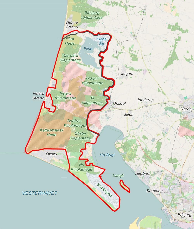 Forslag til hegnslinje (sort) på ca. 33 kilometer, der kun krydser veje få steder, men indrammer den ydre landafgrænsning