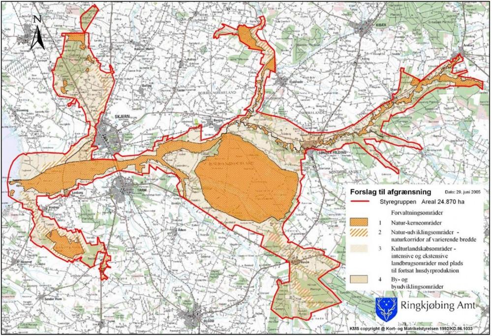 Det danske nationalpark-koncept rummer store arealer med landbrugdrift og er dermed ikke i tilstrækkelig grad et koncept med natur på naturens præmisser – til gengæld kan man få store prestigeprojekter som her i det (nu skrinlagte) forslag til Nationalpark Skjern Å fra 2005